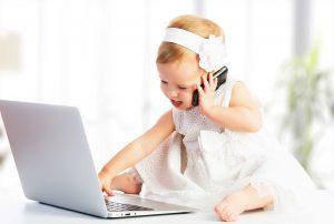 teknolojinin çocuklarda etkileri, teknolojinin çocuk gelişimine etkileri, teknolojinin çocuklar üstündeki zararı